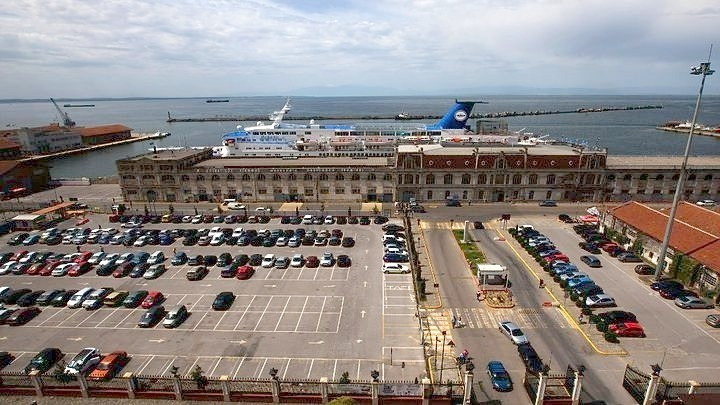 Seven bidders for Thessaloniki port pier extension project